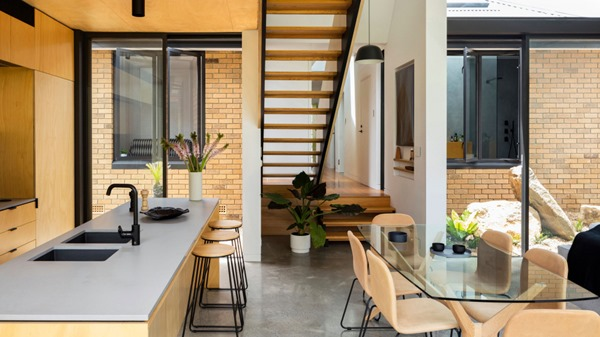 Australian Homes binary-house-tdf-2-1000x562